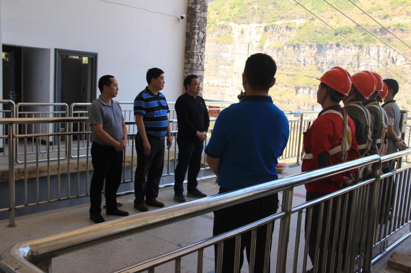 雅安市市场监督管理局组织开展古路村客运索道应急演练