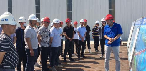 雅安市交通重点项目参建人员和项目业主参观学习峨汉高速施工工艺及质量安全管控工作