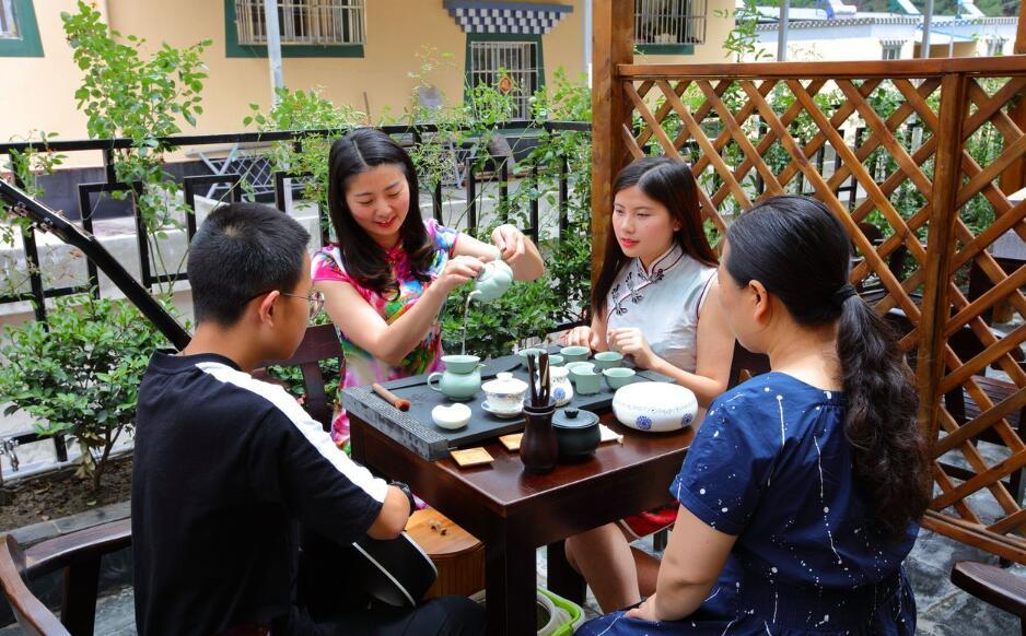 回乡创业 做有茶文化的民宿