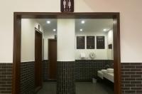 A级旅游厕所亮相雅州廊桥